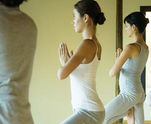 Hold Hjertet varm og hovedet koldt. Mor & Datter Yoga 8-13 år. hos Flow i Livet.
